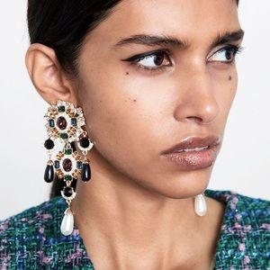 2/$35 🖤 ZARA Long Rhinestone Waterfall Earrings